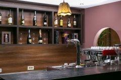 Bar z tarasem