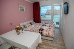 Apartament z dwoma sypialniami i balkonem 4+1