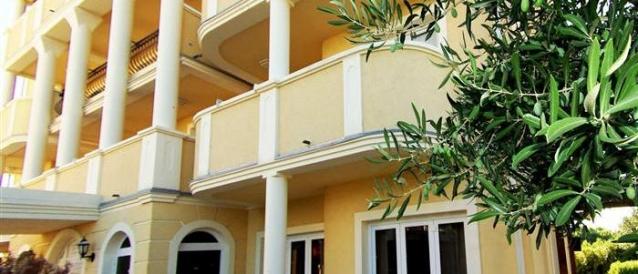 Aparthotel Lekavski