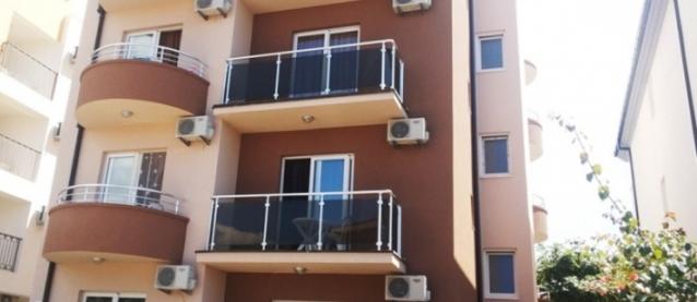 Studio Apartmani Lara S