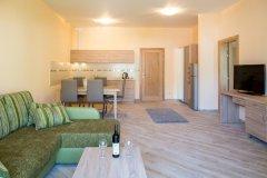 Apartament Executive z osobną sypialnią tarasem i widokiem na morze 5 osób