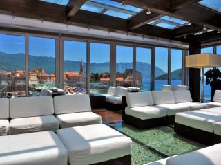 Aperitif Panoramic Bar & Lounges