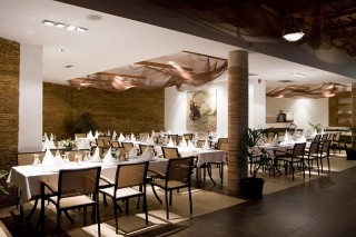 Restauracje Otrant & Bar all inclusive