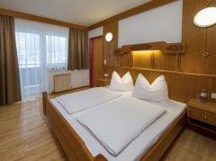 Apartament z 2 sypialniami i balkonem - aneks