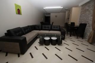 Apartament De Luxe z 3 sypialniami i widokiem na basen