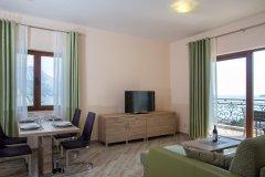 Apartament Executive z osobną sypialnią tarasem i widokiem na morze