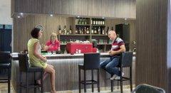 Aperitif  Bar z tarasem