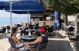 Caffe Bar